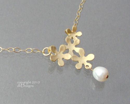 Golden Mod Flower Necklace with a Custom Gemstone in 14k gold filled-Golden Mod Flower Necklace with a custom gemstone or Pearl in 14k gold filled, unique custom bridal necklace, custom wedding jewelry, custom bridesmaid jewelry gift